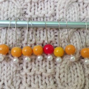 bubblegum stitch markers, gold