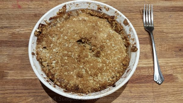 apple crisp baked - ASimpleHomestead