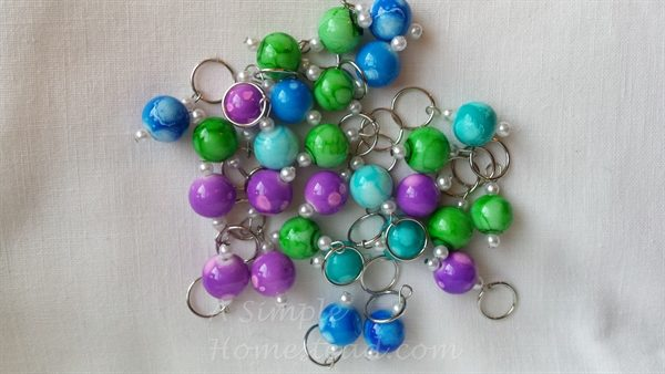 marble bubblegum beaded stitch markers all colors - ASimpleHomestead